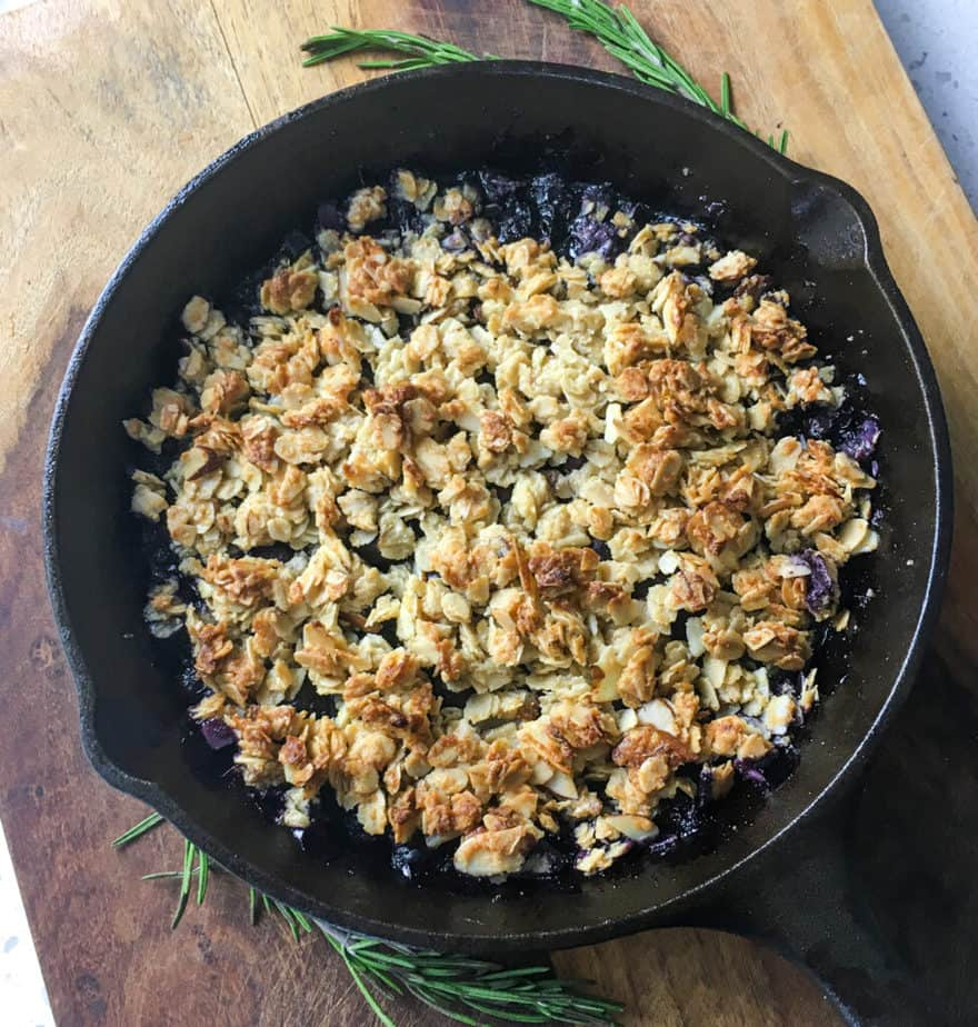 rustic blueberry crisp